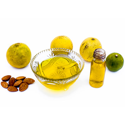 Almond oil with lemon juice